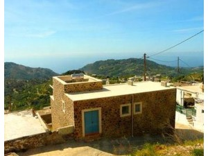 Renovated house on 2 floors 130m2 aprox with large verandas - Σπίτια