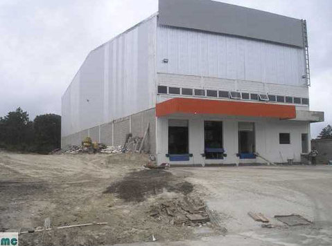 Pre-rental of warehousre-alquiler de bodega en construcción - Office / Commercial