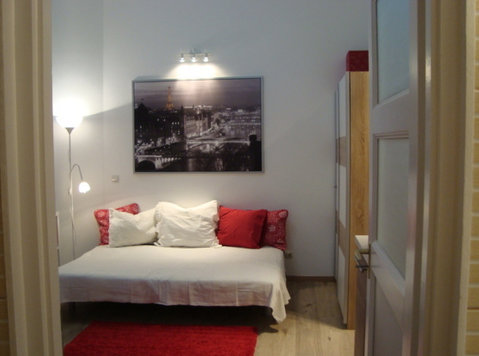 Two Brand New modern Studio near Kalvin square, equipped! - Apartments