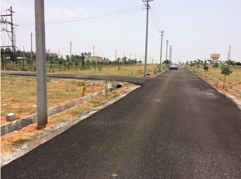 North bangalore villa sites for sale before itc factory - Land