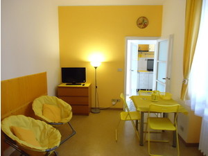 15 Min From Duomo Bright Modern Wifi Weekly Rentals - Serviced apartments