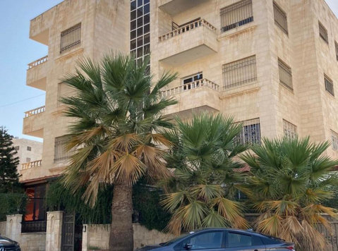 3 bedroom fully furnished apartment in Shemsani for rent - Pisos