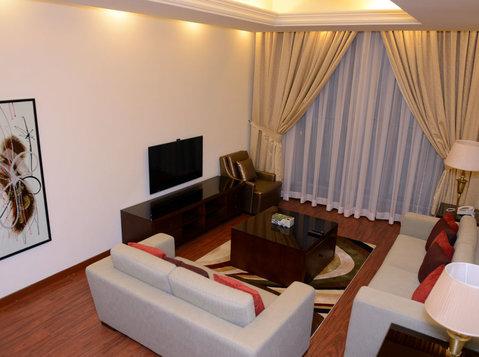 1  & 2  bedroom fully furnished in jabria - Διαμερίσματα