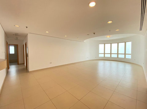 3 BR Spacious in Kuwait City - Apartments