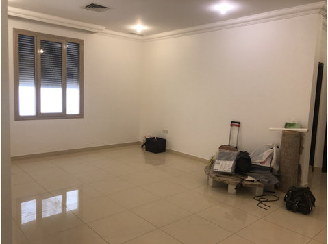 3 bedrooms apartment in Zahra - Apartmány
