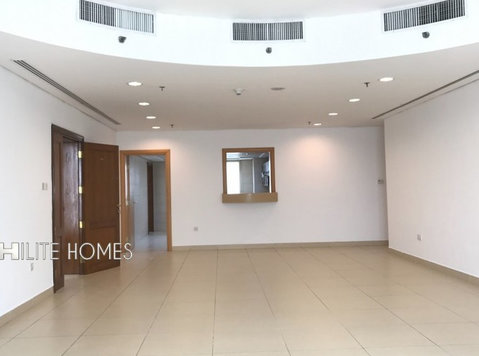 Bneid Al Qar - Spacious three bedroom flat close to City - Lejligheder