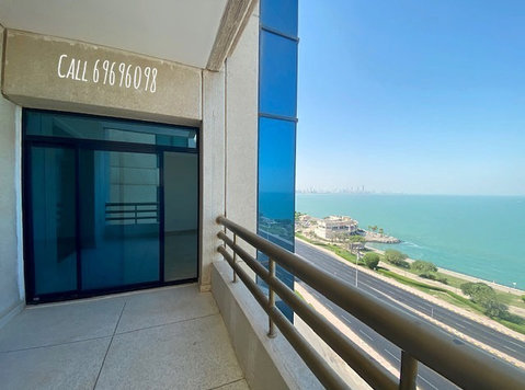 Luxury 3BHK SeaView Apartment with Balcony in Salmiya - Διαμερίσματα