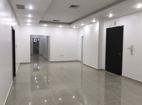 4 bedrooms apartment in Rumathiya - Apartments