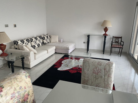 very nice villa sea view flat with balcony in abu alhasanya - گھر