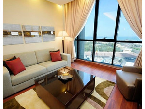 Flat for rent in Kuwait: Modern 2 bedroom furnished flat - Apartments