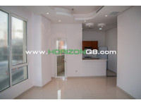 For expats,lovely 2 bdr apt with balcony in Salmiya - Apartments