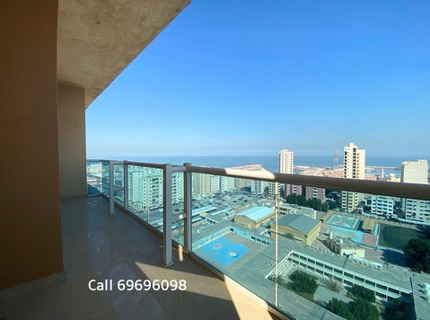 SeaView Fully Furnished 2BHK with Balcony in Fintas - דירות