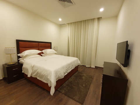 Large 2& 3  bedroom fully furnished in salmiya yearly cont - Апартаменти