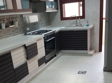 large Apartment 3 bdr in Jabriya - Apartments