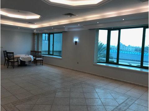 Big 3 bedrooms floor in Mishref - Апартаменти