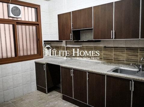 Three bedroom unfurnished apartment in Salmiya - Mieszkanie