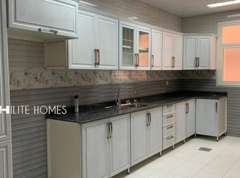 Two bedroom apartment for rent in Adan area, Close to Sabah - דירות