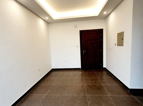 lovely 2 bedrooms semi furnished in salmiya - اپارٹمنٹ