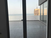 sea view 2 bedrooms with terrace in salwa