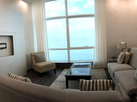 seaview 2 bedroom apartment fully furnished & semi furnished - Apartments