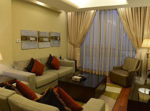 spacious 2 bedroom fully furnished in sharq - Leiligheter