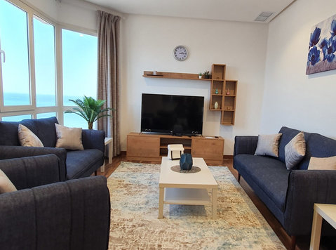 spacious seaview 1 bedrooms furnished in fintas for expats - Διαμερίσματα