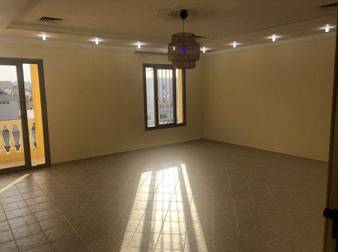 spacious villa floor in jabriya for rent - อพาร์ตเม้นท์
