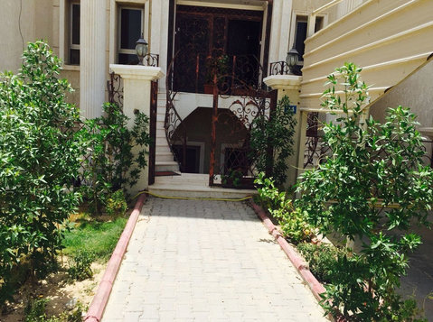 Very nice villa ground flat in mangaf with garden - Houses