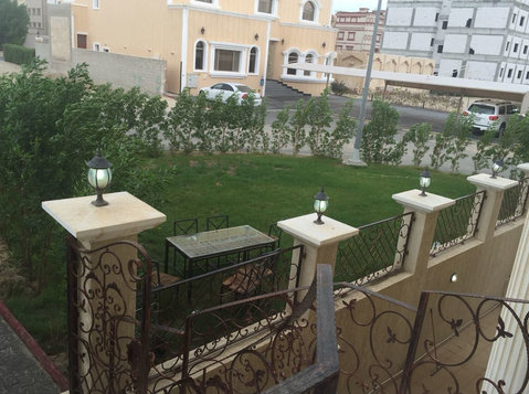 Very nice villa flat in mangaf with garden - Houses