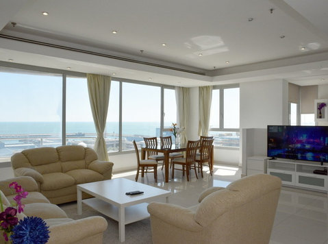 daily/monthly for rent/ Fintas Furnished Sea view apartments - Serviced apartments