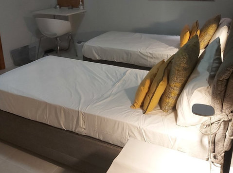 Single bed available now in a twin bedroom in Swieqi - Flatshare