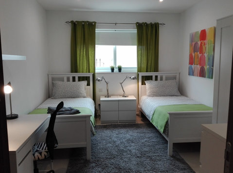 5 mins walk from University- bedroom in 2 bedroom apartment - Dzīvokļi