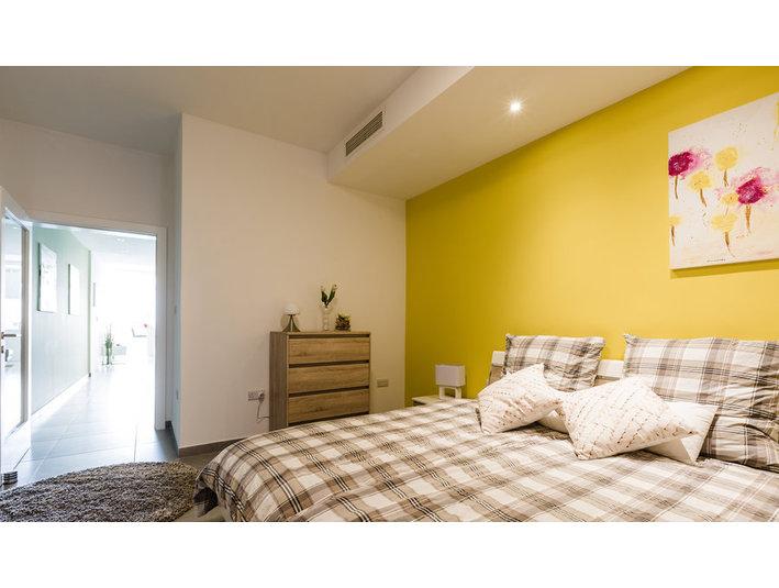 3 Bedroom Apartment with Views - Sliema / St'Julians (€900) - Apartments