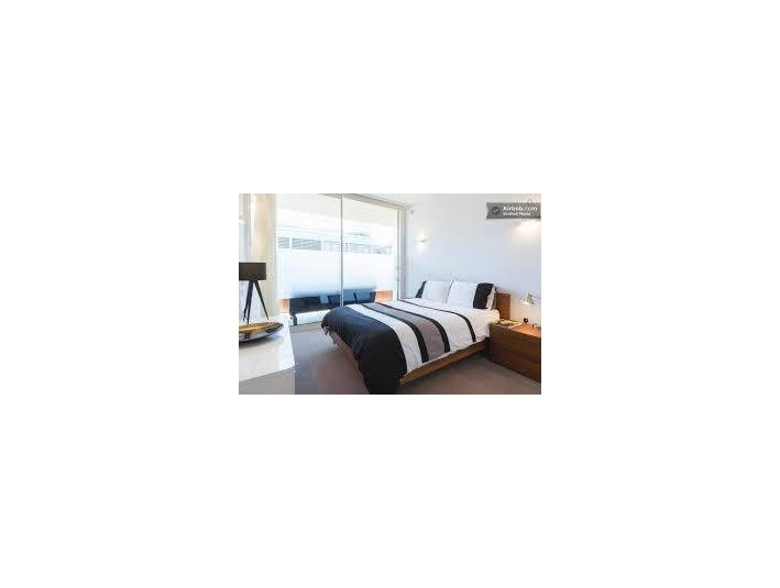 Beautiful Single bedroom !! 400 euro monthly!!! From April - Flatshare