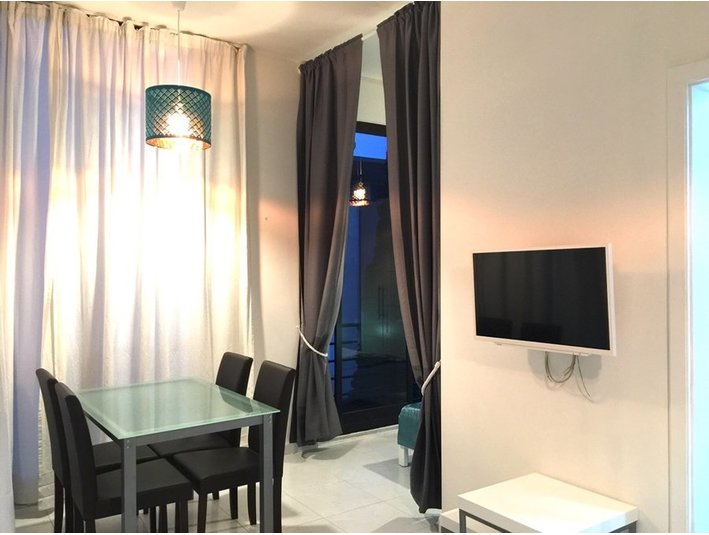 1 bedroom apartment - sliema / msida / mosta (€475) - Appartements