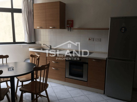 1 bedroom apartment - gzira - €600 - Pisos