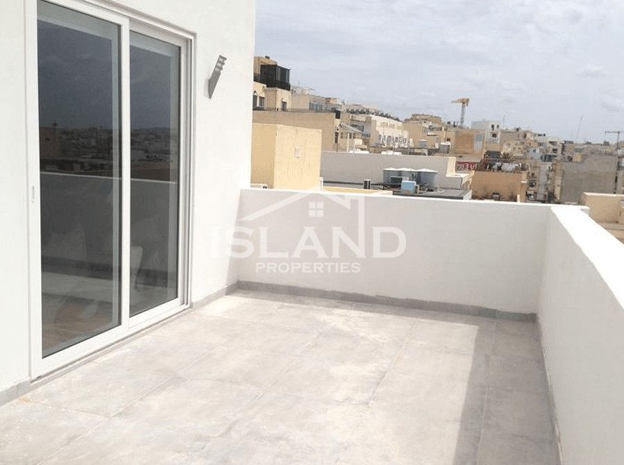 €850: For Rent: Apartments