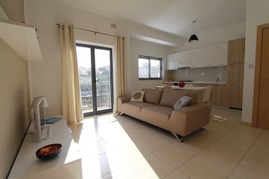 2 Bedroom Apartment St 39 Julians 845 For Rent Apartments In Malta