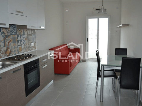2 bedroom apartment - bugibba - €500 - Pisos