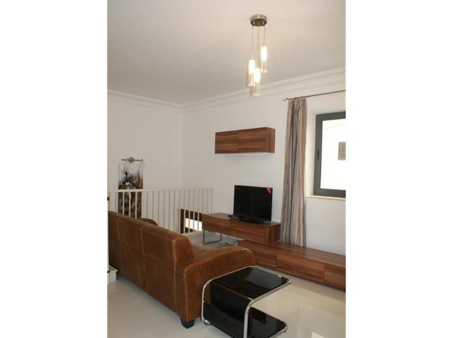 €750: For Rent: Apartments