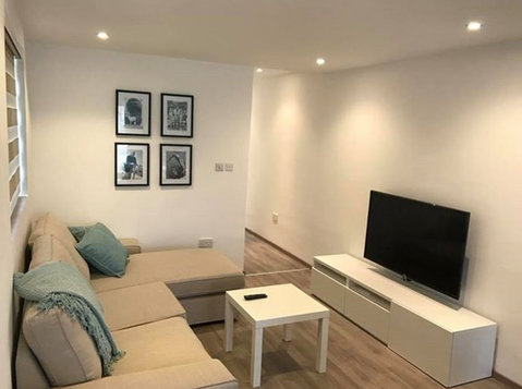 2 bedroom apartment - sliema - €900 - Apartamente