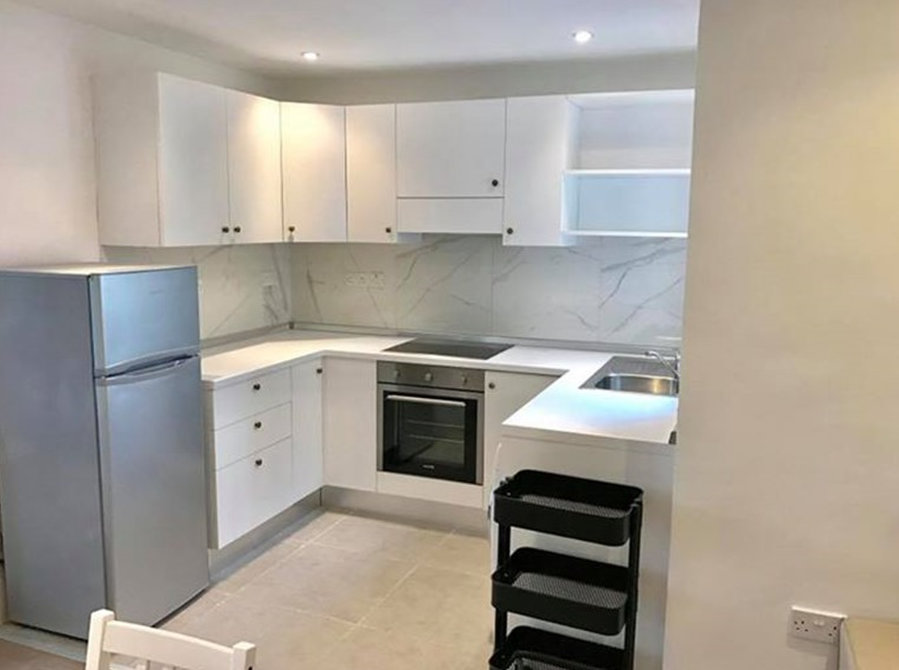 €900: For Rent: Apartments