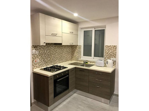2 bedroom apartment - st' julians - €650 - Wohnungen