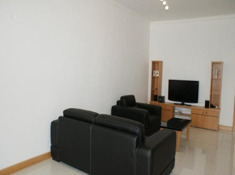 2 bedroom penthouse - sliema - €900 - Pisos