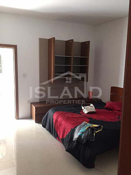 3 bedroom apartment - mosta - €750 - Pisos
