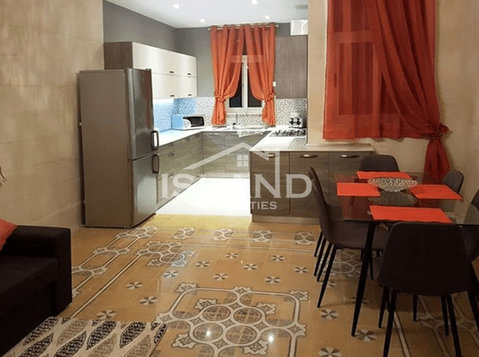 3 bedroom apartment - rabat - €800 - Wohnungen