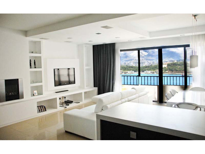 3 bedroom apartment - sliema - €1,200 - Apartamente