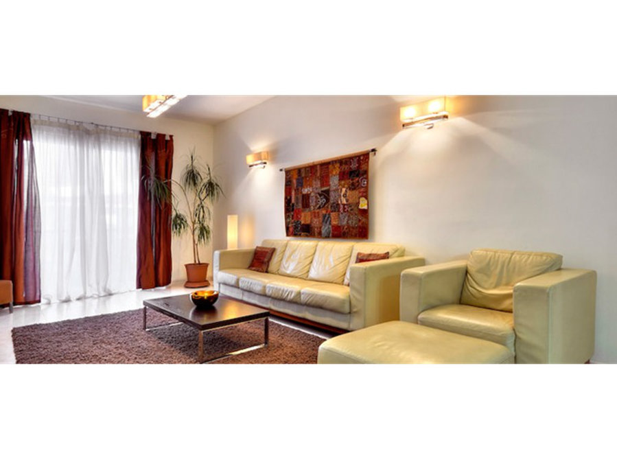 3 Bedroom Apartment Sliema 1 300 For Rent Apartments In Malta