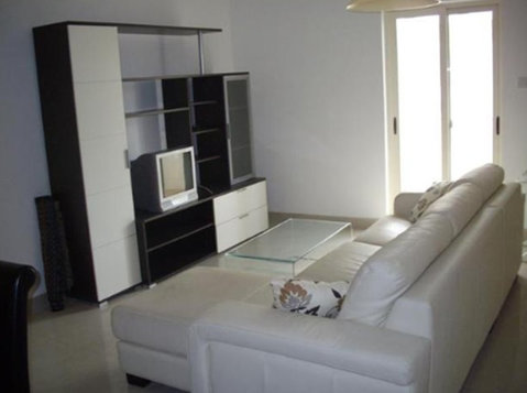3 bedroom apartment - sliema - €900 - Wohnungen