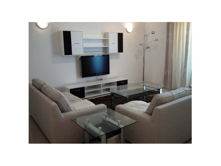 3 bedroom apartment - swieqi - €1,000 - Appartements